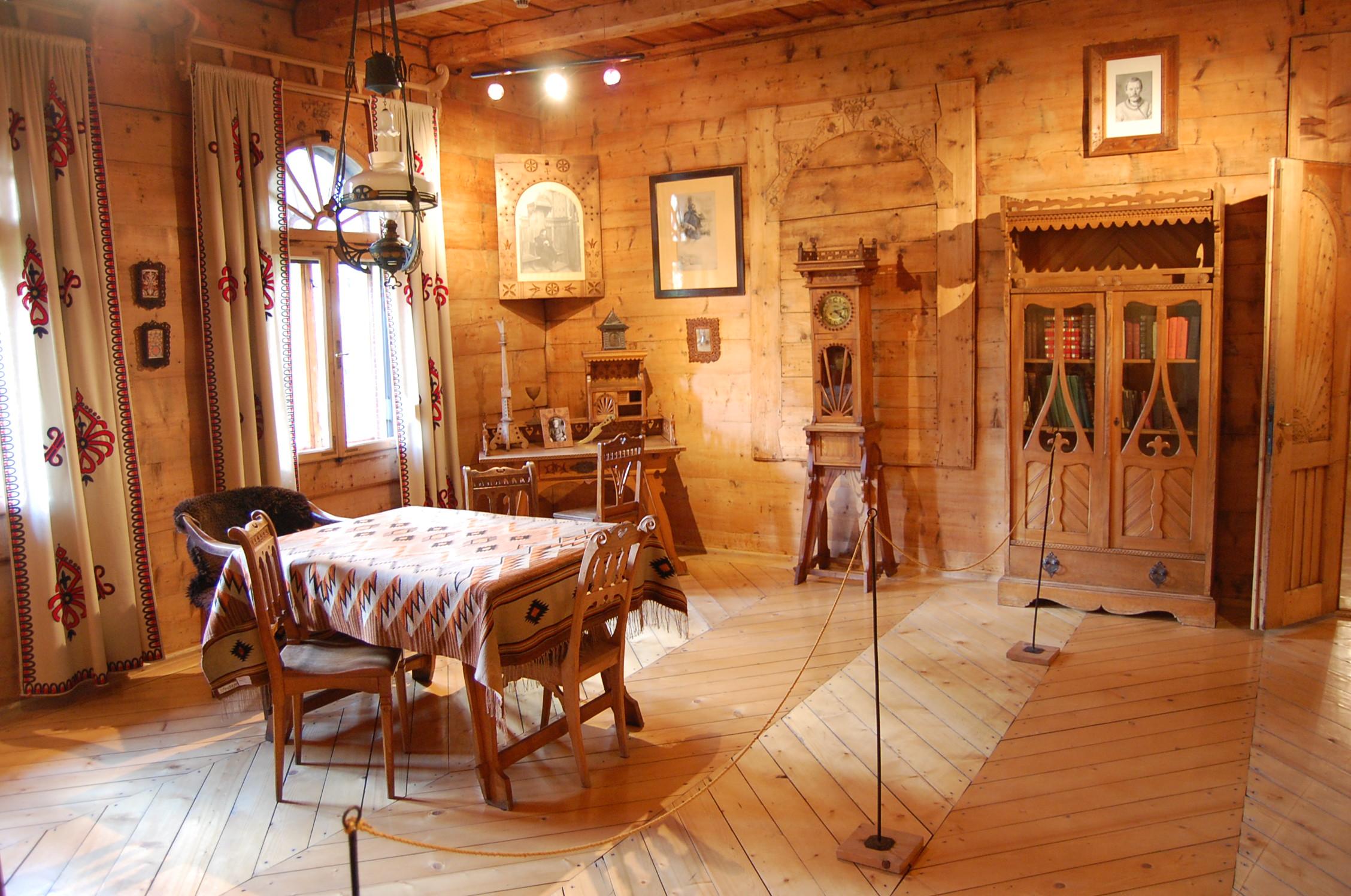 Koliba, details of interior
